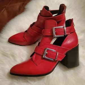 Steve Madden Ankle Booties Size 8M